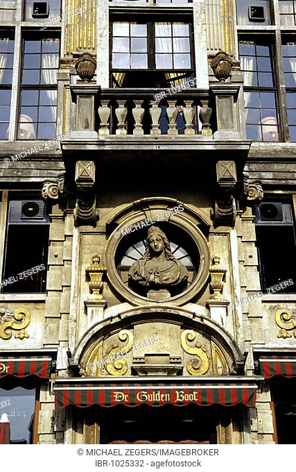 La Calouppe d Or, café restaurant, De Gulden Boot, ornamental facade, baroque house at the Grand Place, Brussels, Belgum, Benelux, Europe