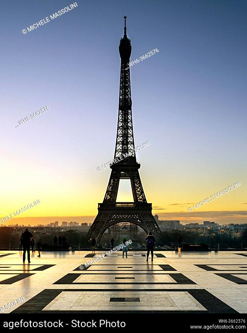 Paris, Eiffel Tower at dusk