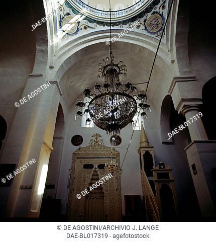 Interior of Yeni Cuma Mosque, former Hagios Eugenios (Saint Eugenius) church, 13th century, Trabzon, Black Sea region, Turkey