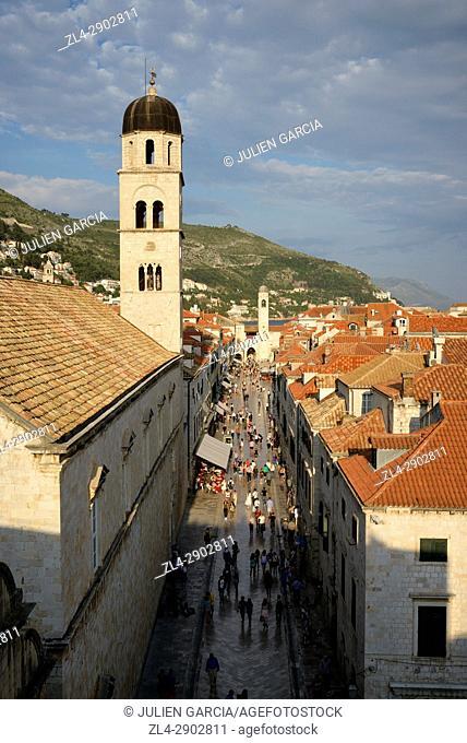 Croatia, Dalmatia, Dalmatian Coast, Dubrovnik, historical centre listed as World Heritage by UNESCO, the main street of the old town (Stradun)