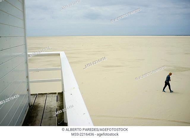 Vliehors beach shelter, Vlieland Island, Friesland province (Fryslan), Netherlands