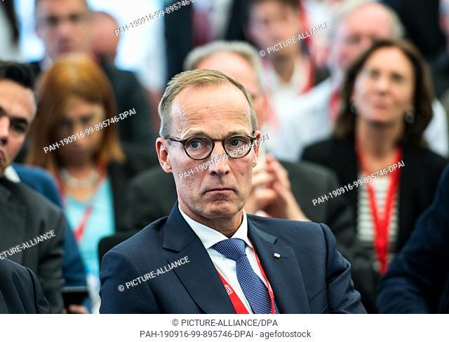 16 September 2019, Hessen, Frankfurt/Main: Jens Bergmann, Member of the Board of DB Netz AG, sits at the event. Presentation of the railway node study for...
