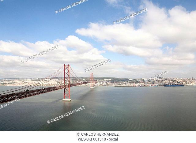 Portugal, Lisbon, View of 25 de Abril Bridge near Tajo river