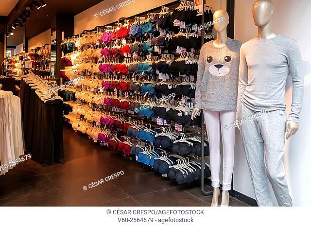-Shopping- Alicante City Spain