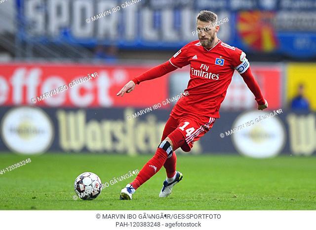 Aaron Hunt (HSV Hamburg Hamburg Hamburg). GES / Soccer / 2nd Bundesliga: SC Paderborn - Hamburger SC, 12.05.2019 Football / Soccer: 2nd League: SC Paderborn vs...