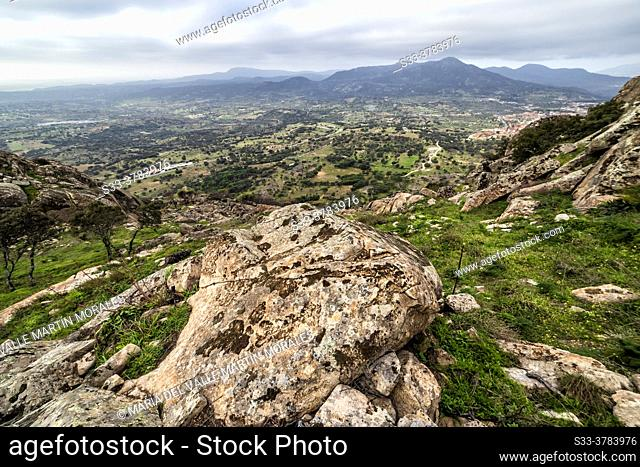 Sierra de Gredos, granite rocks and countryside from Muniana cliff in Cadalso de los Vidrios. Madrid. Spain. Europe