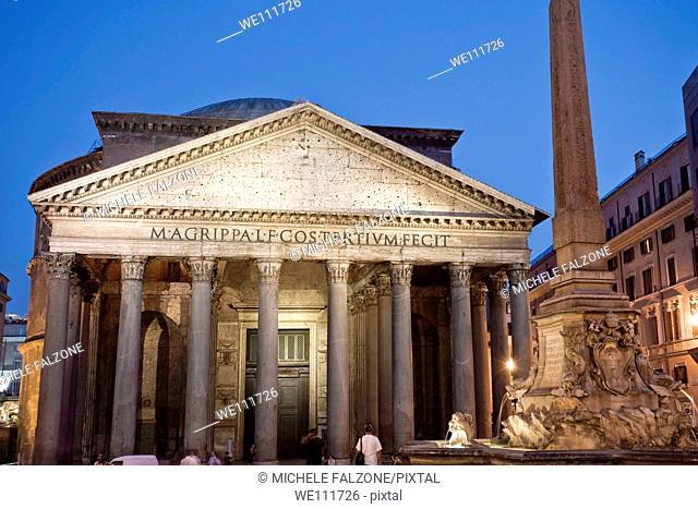 Pantheon and Piazza della Rotunda/Piazza del Rotonda, Rome, Italy
