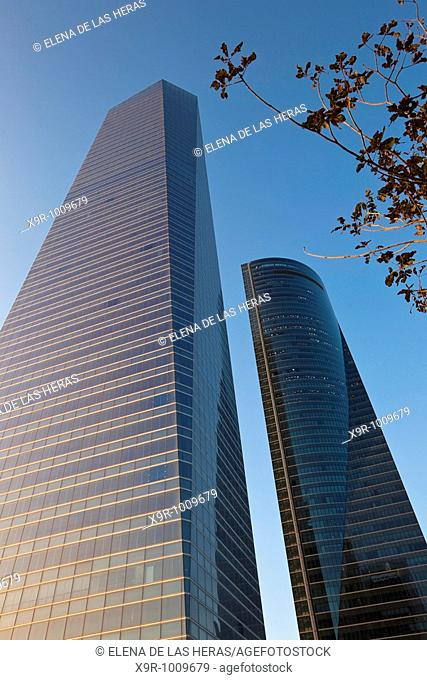'Torre de Cristal' and 'Torre Espacio'. CTBA. Madrid. Spain