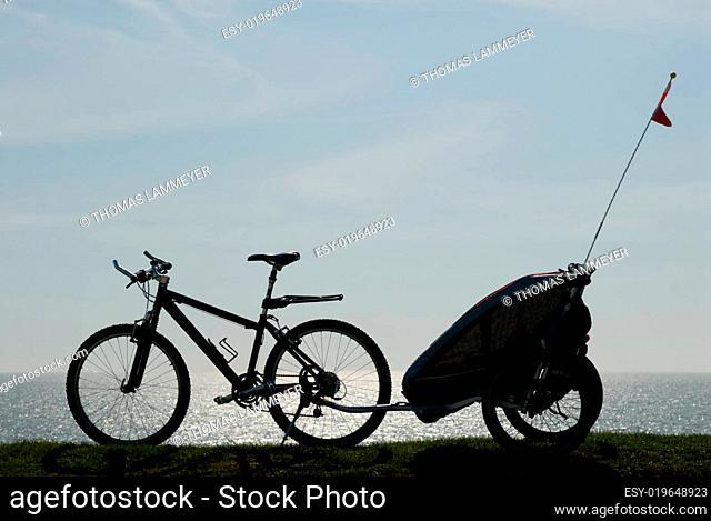 Mountainbike mit Anhänger
