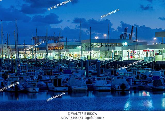 Spain, Canary Islands, Lanzarote, Arecife, Puerto de Naos Marina, dawn