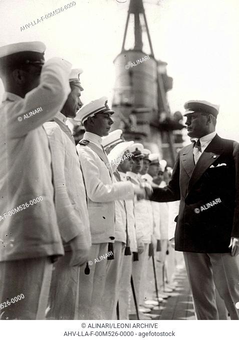 The Duce Benito Mussolini visiting a fleet, shot 1935 ca. by Leoni, Luigi
