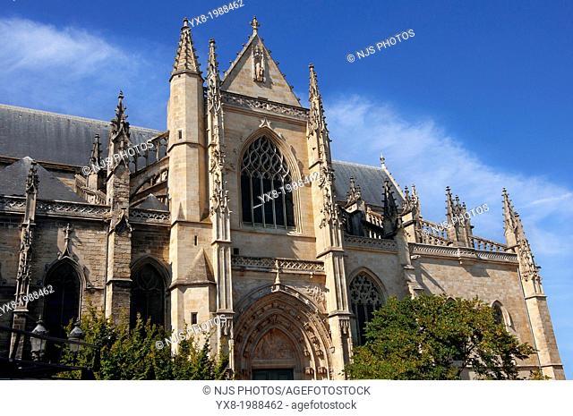 Saint Michel basilica of Bordeaux, Gironde, Aquitaine, France, Europe