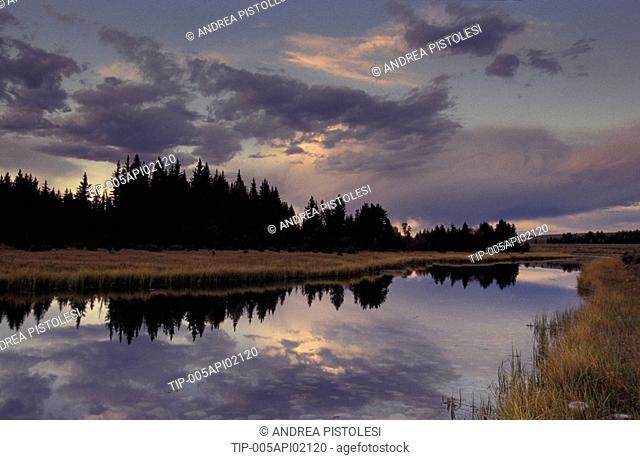 USA, Wyoming, Grand Teton N.P.. Snake River