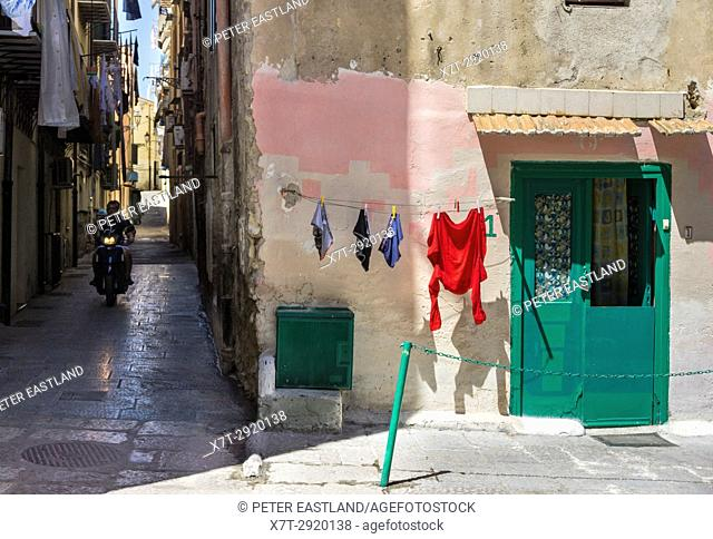 Washing drying in the Albergheria district of central Palermo, Sicily, Italy