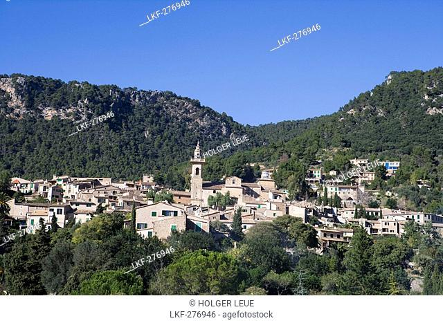 View of Valldemossa, Mallorca, Balearic Islands, Spain, Europe
