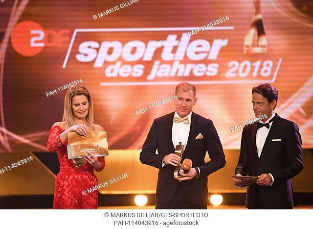 left to right Presenter Katrin Mìller-Hohenstein, Arthur Abele (Third Athlete of the Year, Decathlon), Moderator Rudi Cerne