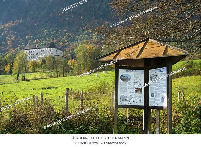 das Schloss Staufeneck am Pidinger Natur- und Kulturhistorischen Wanderpfad