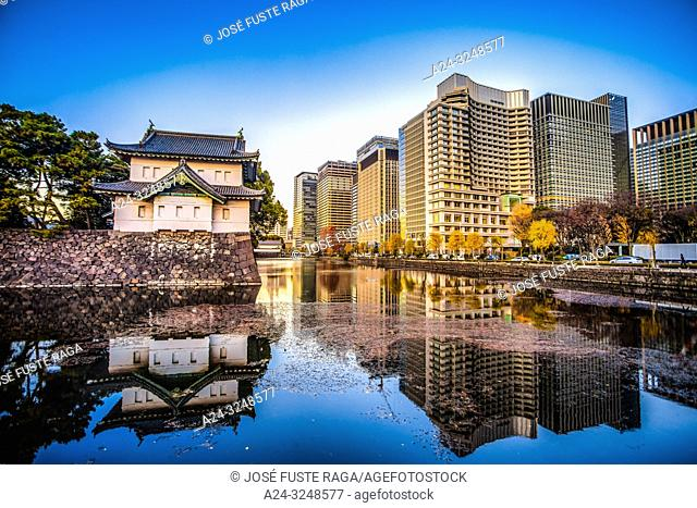 Japan, Tokyo City, The Imperial Palace, Otemachi District Skyline