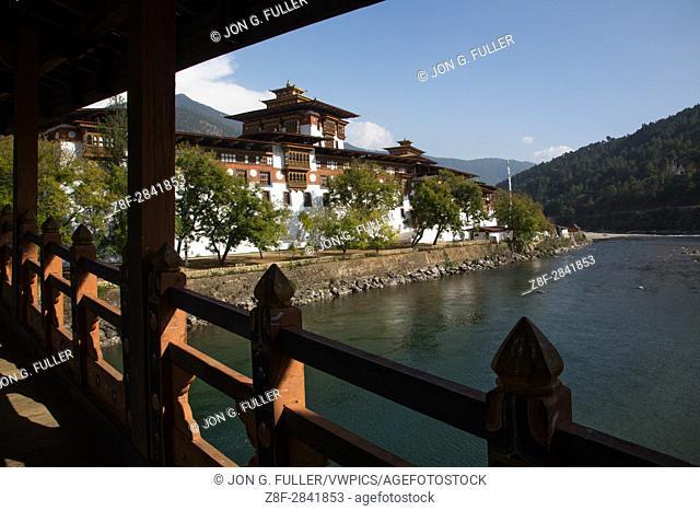 Punakha Dzong and Mo Chhu River from the covered bridge. Punakha, Bhutan