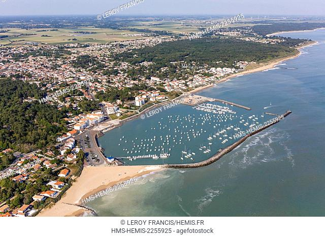 France, Vendee, Jard sur Mer, the seaside resort and the marina (aerial (view)