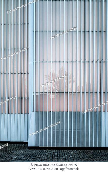 Detail of facade profile. Szczecin Philharmonic Hall, Szczecin, Poland. Architect: Estudio Barozzi Veiga, 2014