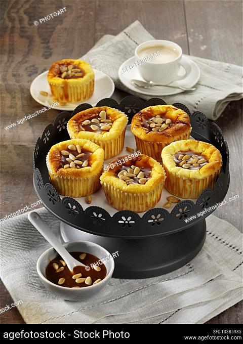 Italian cheesecake muffins with pine nuts