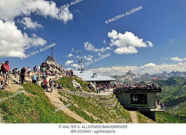 Cross on the summit of Nebelhorn mountain, 2224m, Allgaeu Alps, Oberallgaeu district, Bavaria, Germany, Europe, PublicGround