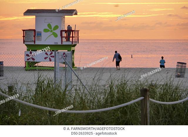 MIAMI, FLORIDA, Street scenes Sunrise Maimi Beach