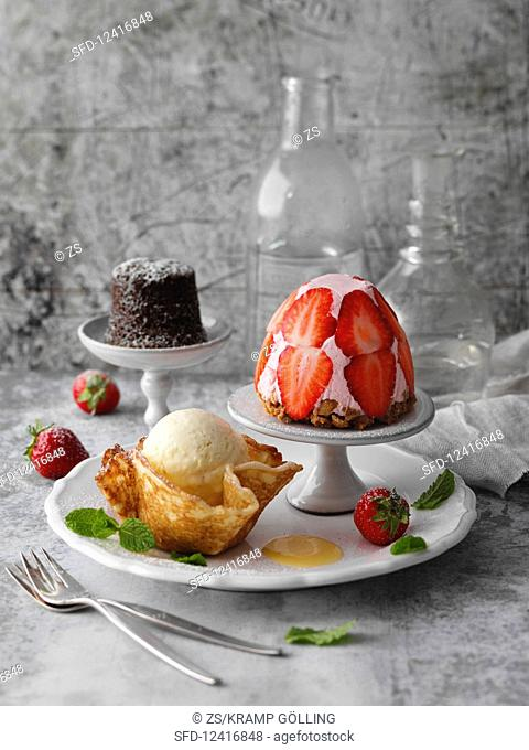 Strawberry cake, eggnog parfait and chocolate cake