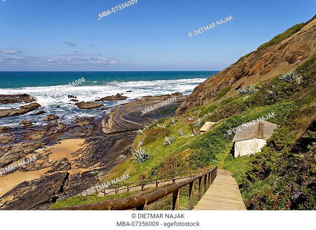 Beach at Rogil, Praia da Samouqueira, between Rogil and Aljezur on the wild rocky coast of the Atlantic