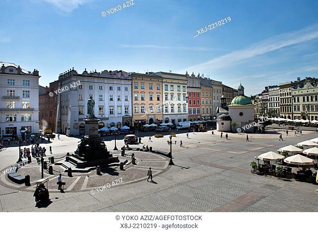 Poland, Krakow, Main Market square, Rynek Glowny, Adam Mickiewicz Monument