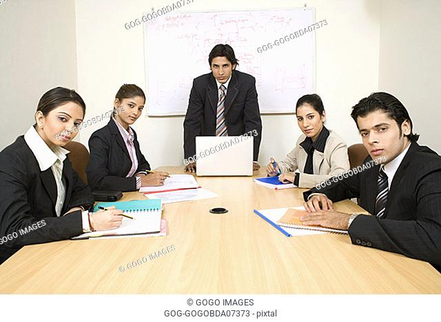 Businesspeople in a meeting