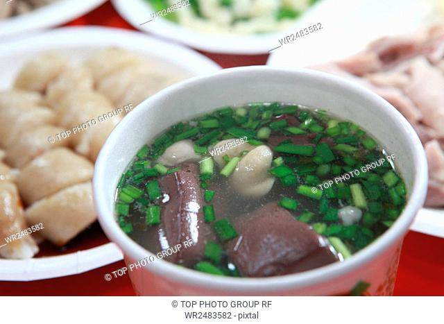 Peinan pigs blood soup + Puyuma meat packages
