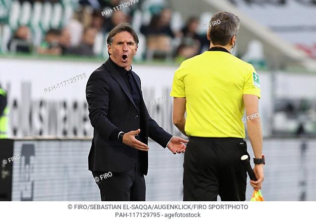 firo: 16.02.2019 football, football: 1. Bundesliga, season 2018/2019 VfL Wolfsburg - FSV FSV FSV Mainz 05 VfL coach, coach, Bruno Labbadia, gesture, gesture