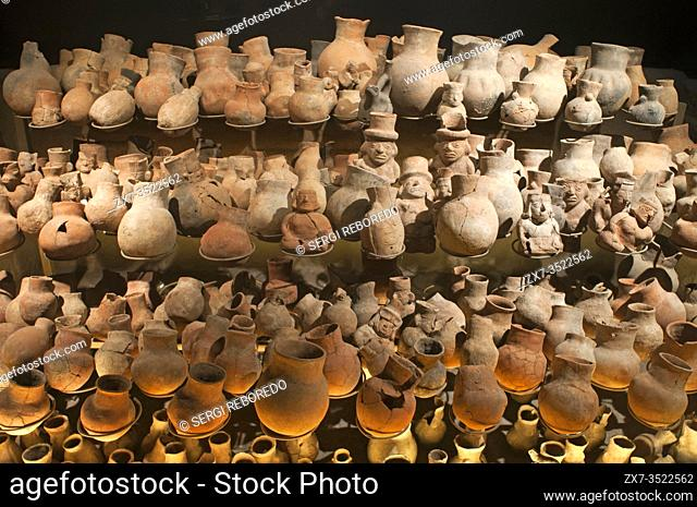 Museum of the Royal Tombs of Sipan. Ornaments and pottery artifacts found in tomb of Lord of Sipan, Lambayeque, Chiclayo, Peru