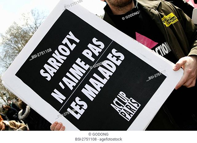 Photo essay for press only. Paris, 29th of March 2008. Protect of disabled persons with the action group 'Ni pauvre, ni soumis' that claims a revenue equal to...