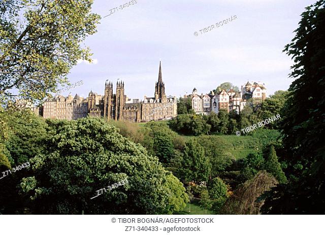Old town skyline. Edinburgh. Scotland. UK
