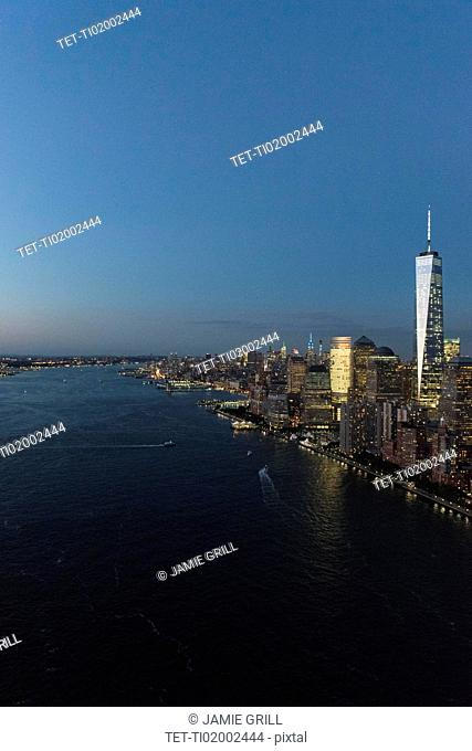 Aerial view of Manhattan and One World Trade Center