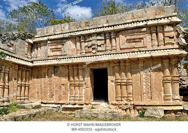 El Palacio, Grand Palace, facade detail, historical Mayan city Labna, Yucatan State, Mexico