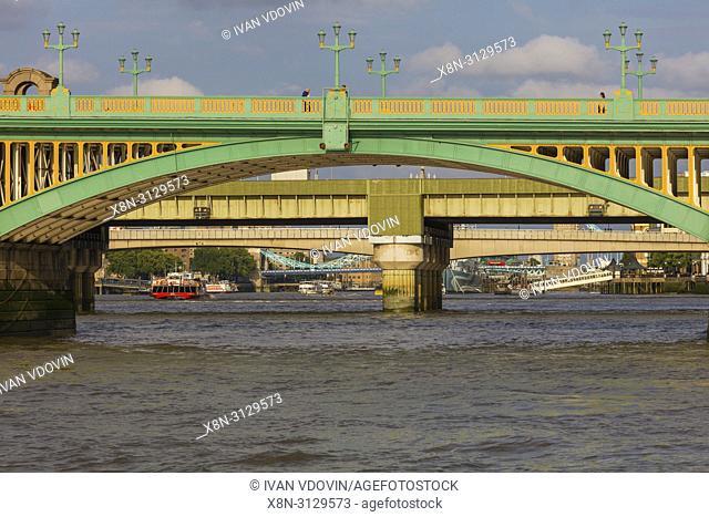 Southwalk Bridge, London, England, UK