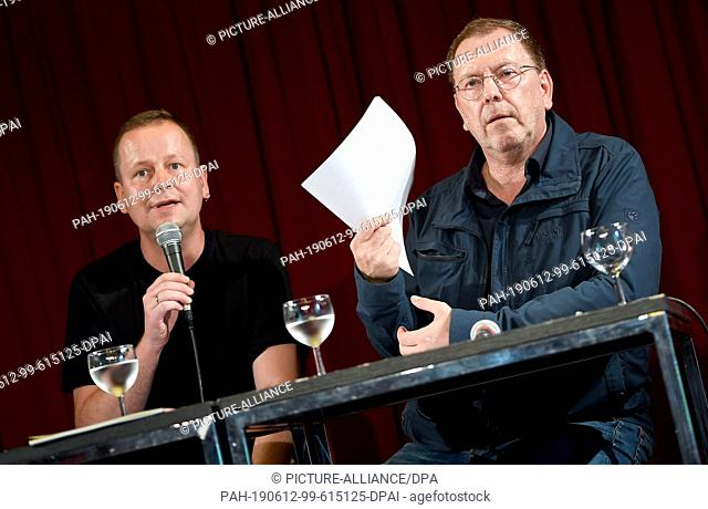 12 June 2019, Berlin: Klaus Lederer (Die Linke, l), Senator for Culture of the State of Berlin, and Rene Pollesch, theatre director and author