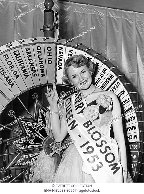 The 1953 Cherry Blossom Festival Queen, April 10, 1953. First Lady Mamie Eisenhower crowned Queen Janet Bailey in 1953. She was the Cherry Blossom Festival...
