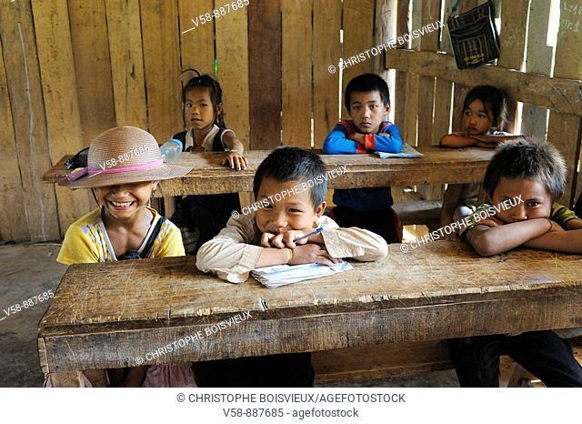 Phou Noy schoolchildren, Ban Som Sai village, Phongsaly province, Laos