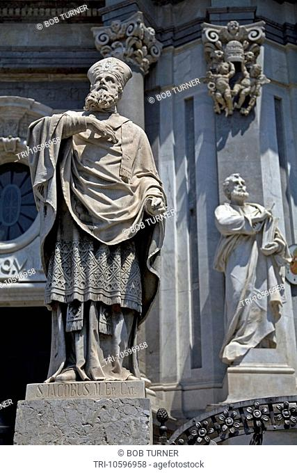 Statue of Saint Jacobus Duomo Piazza Duomo Via Etnea Catania Sicily Italy