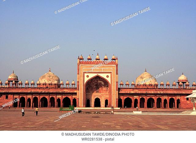 Jami Masjid in Fatehpur Sikri built during second half of 16th century made from red sandstone , Agra , Uttar Pradesh , India UNESCO World Heritage Site