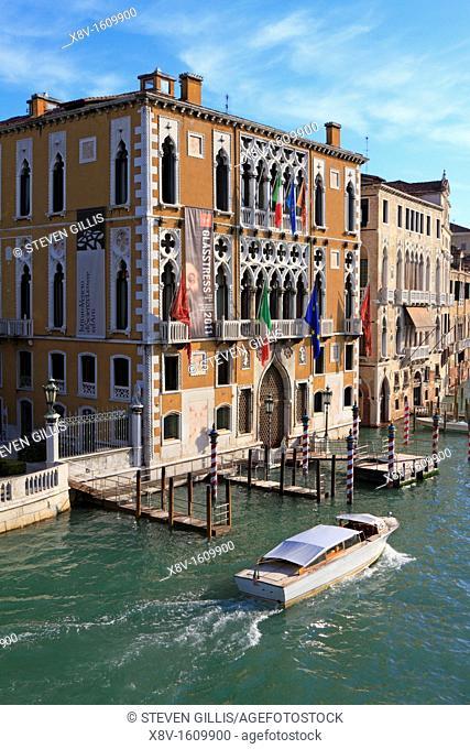 Grand Canal and the Istituto Veneto di Scienze, Lettere e Arti Palazzo Cavalli Franchetti, Venice, Italy, Europe