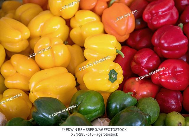 Vegetable market Abu Dhabi - Vegetable market Abu Dhabi - United Arab Emirates - Different types of peppers
