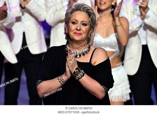 The president of the jury and dancer Carolyn Smith cries after having danced for the first time since she was treated for cancer during the fourth episode of...
