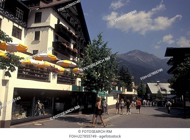 Austria, Tirol, Vorarlberg, St. Anton am Arlberg, Arlberg Region, Scenic alpine resort village of St. Anton am Arlberg in the Austrian Alps
