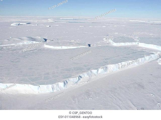 Tabular icebergs